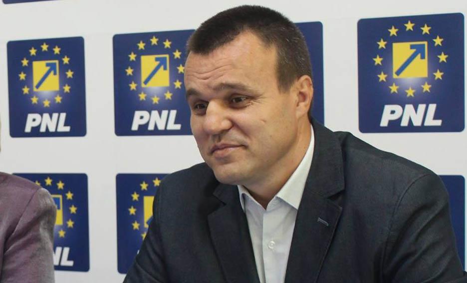 Preşedintele PNL, Eugen Pîrvulescu, înfige cuţitul în inima PSD! 5 primari social-democraţi se vor alătura liberalilor