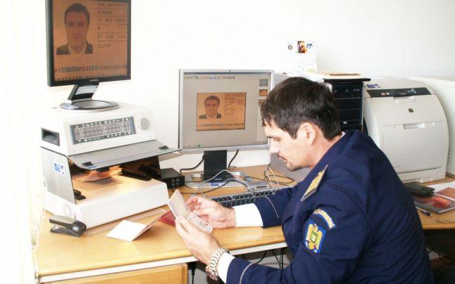 Teleormănean arestat pentru înșelăciune și falsuri privind identitatea