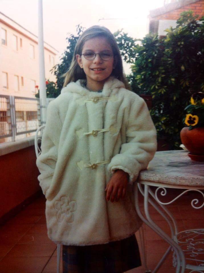 Cutremurător! O tânără adoptată în Spania își caută părinții biologici din Teleorman