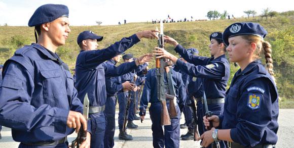 Vrei să fii student la Academia de Poliţie? Află condiţiile pe care trebuie să le îndeplineşti!