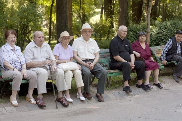 De Ziua pensionarilor, 1000 de membri vor primi câte un ajutor nerambursabil în valoare de 75 de lei