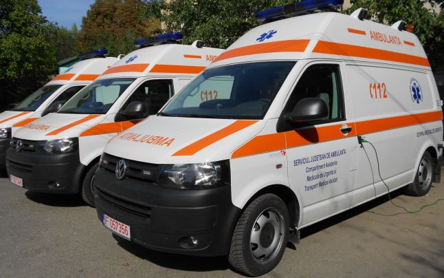 Ambulanța Teleorman face angajări. Se caută asistenți medicali, șofer și operator registrator