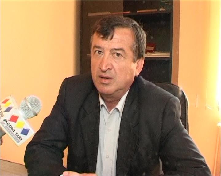 Termen la Curtea Supremă, în cazul primarului din Drăcșenei, Ion Glonț, acuzat de conflict de interese