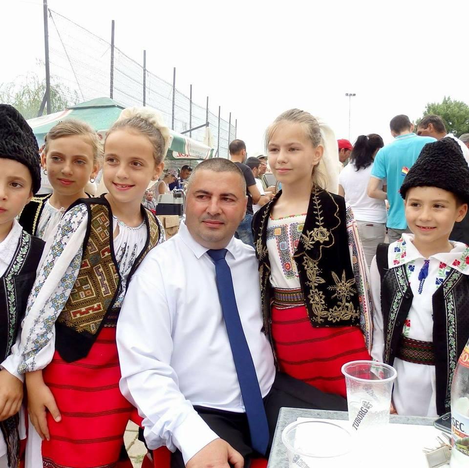 """Dobrotești, mai aproape de """"inima"""" Europei. Primarul Ion Mănica și-a propus înfrățirea comunei cu localitatea Lingolsheim (Franța)"""