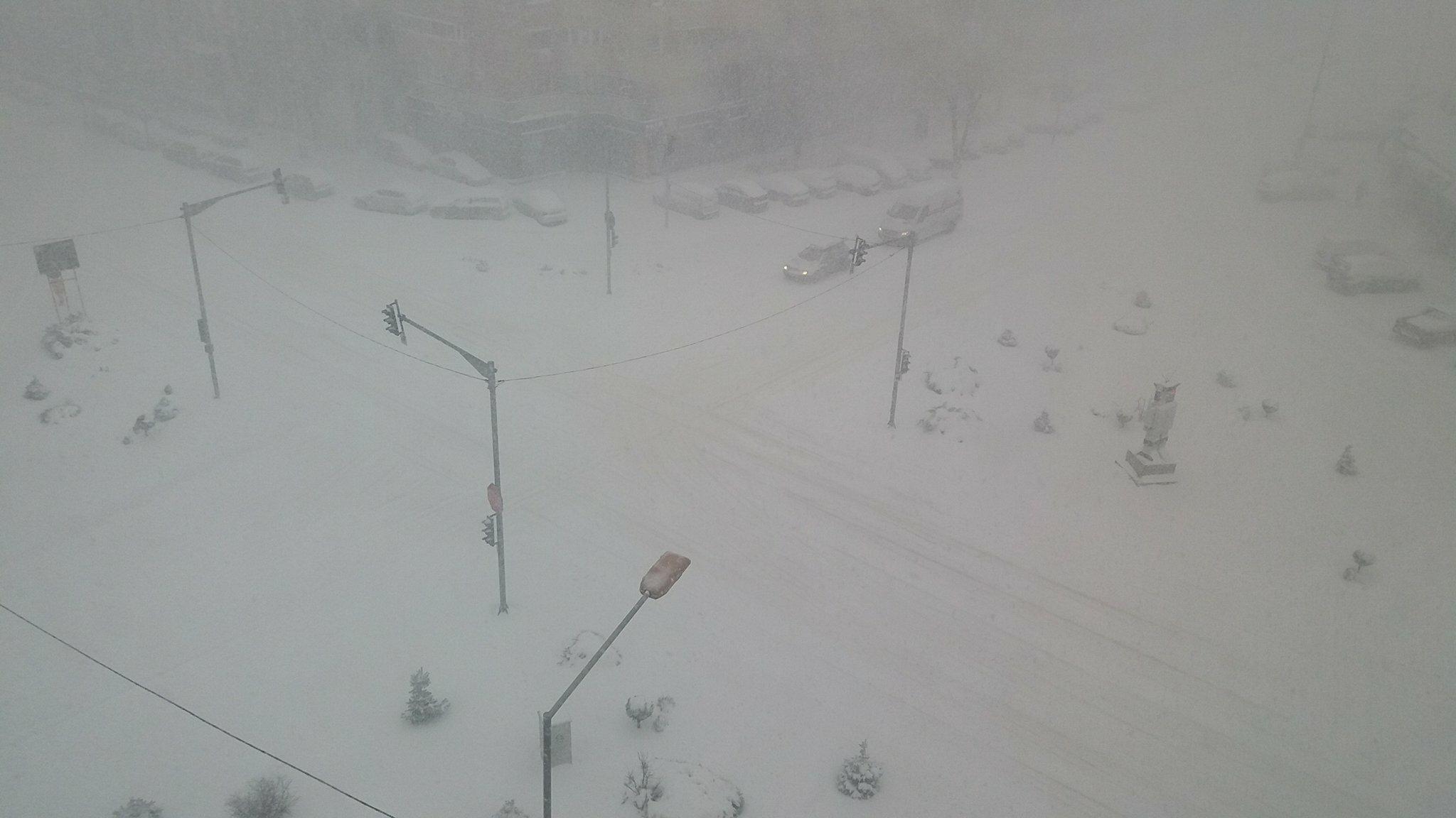În Teleorman, nu sunt drumuri închise din cauza zăpezii. Șoferii, avertizați să circule cu prudență