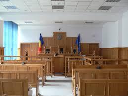 Primarii din Nanov, Siliștea și Crângeni au dat Prefectura în judecată. Edilii cer anularea Ordinului de încetare a mandatului