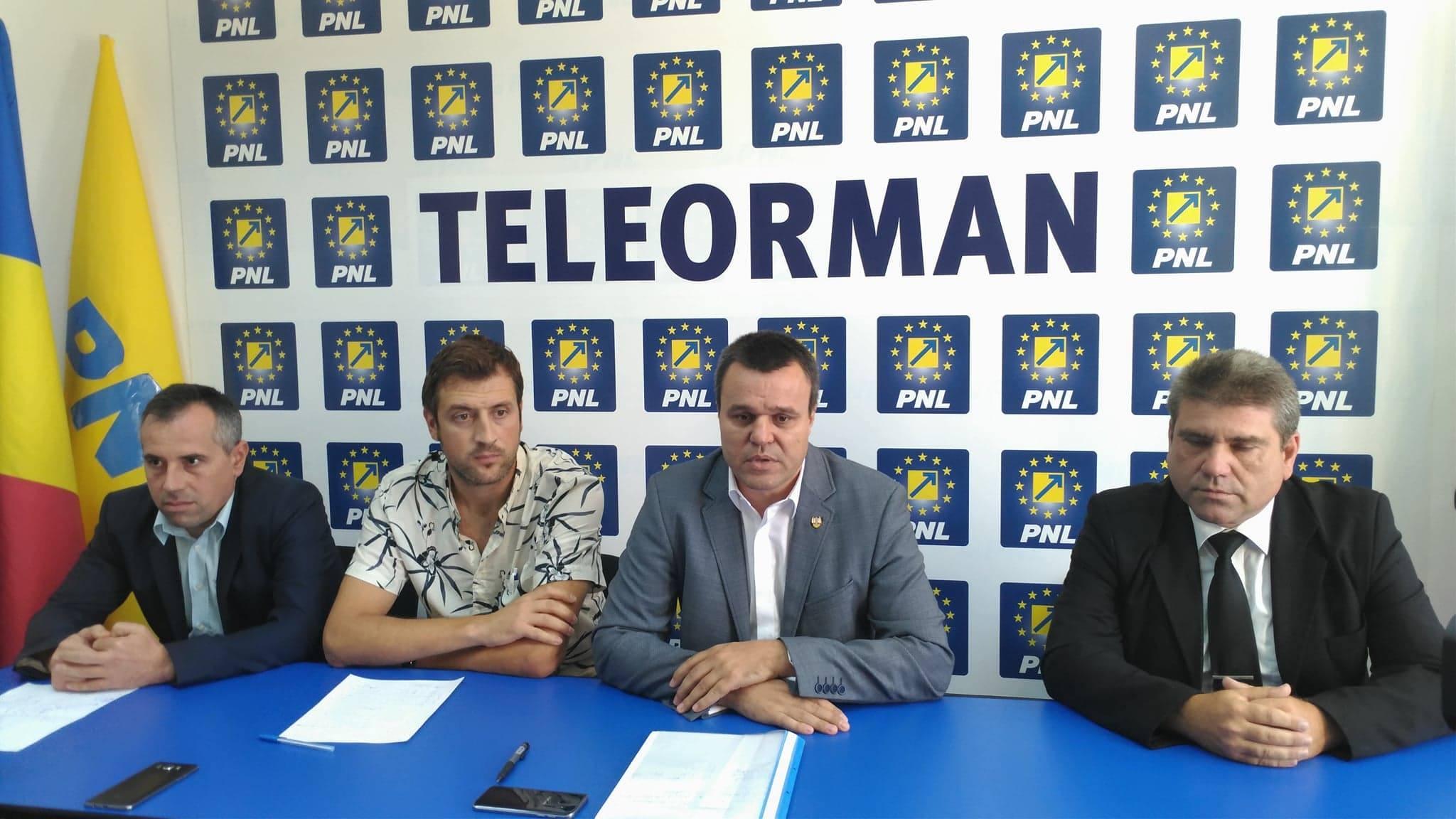 Senator Eugen Pîrvulescu: Referendumul nu trebuie politizat. Fiecare cetăţean să voteze după cum îi dictează conştiinţa