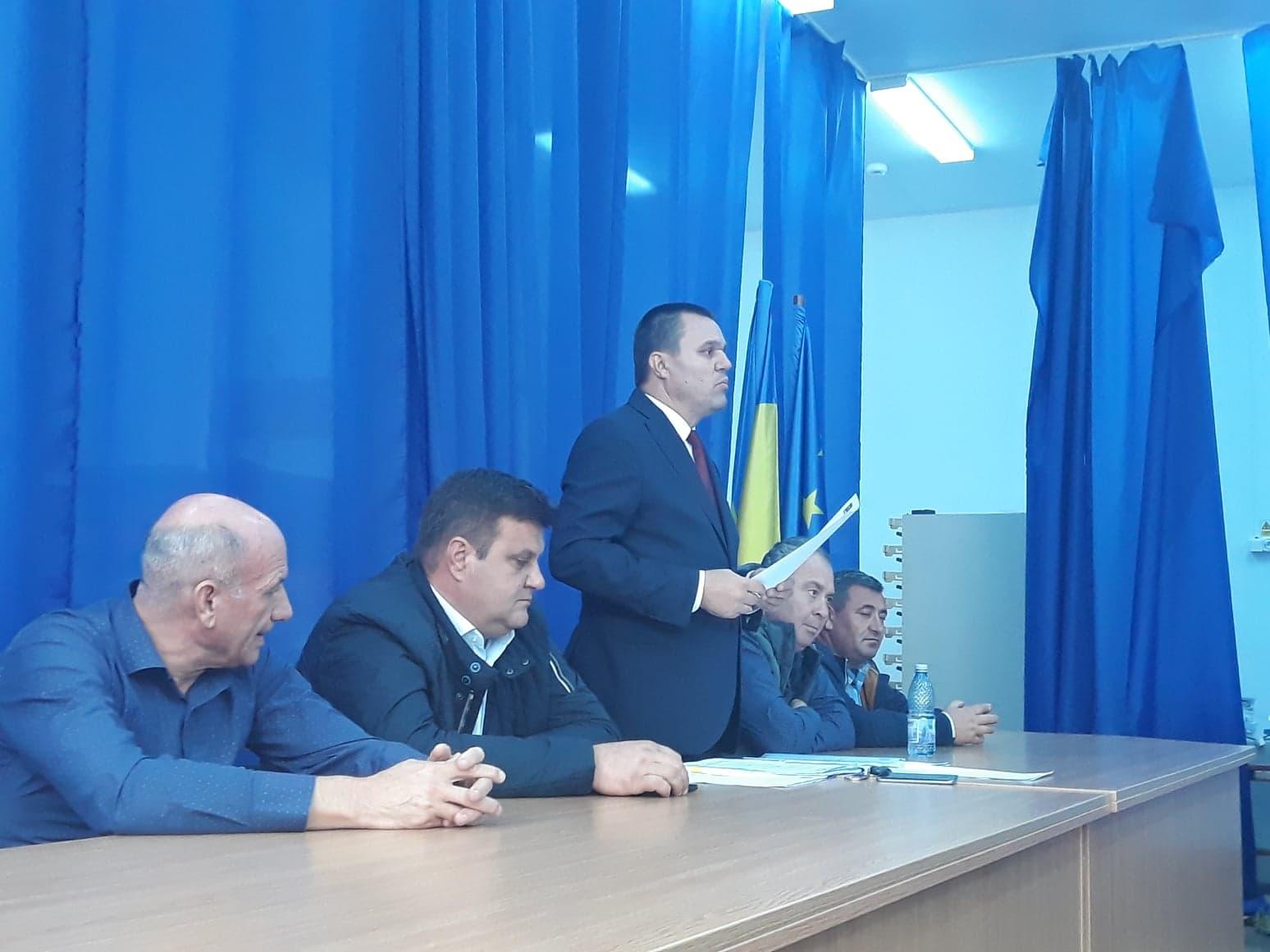 """Senator Eugen Pîrvulescu: ,,Facem orice compromis politic pentru a prelua primăriile din mâna PSD"""""""