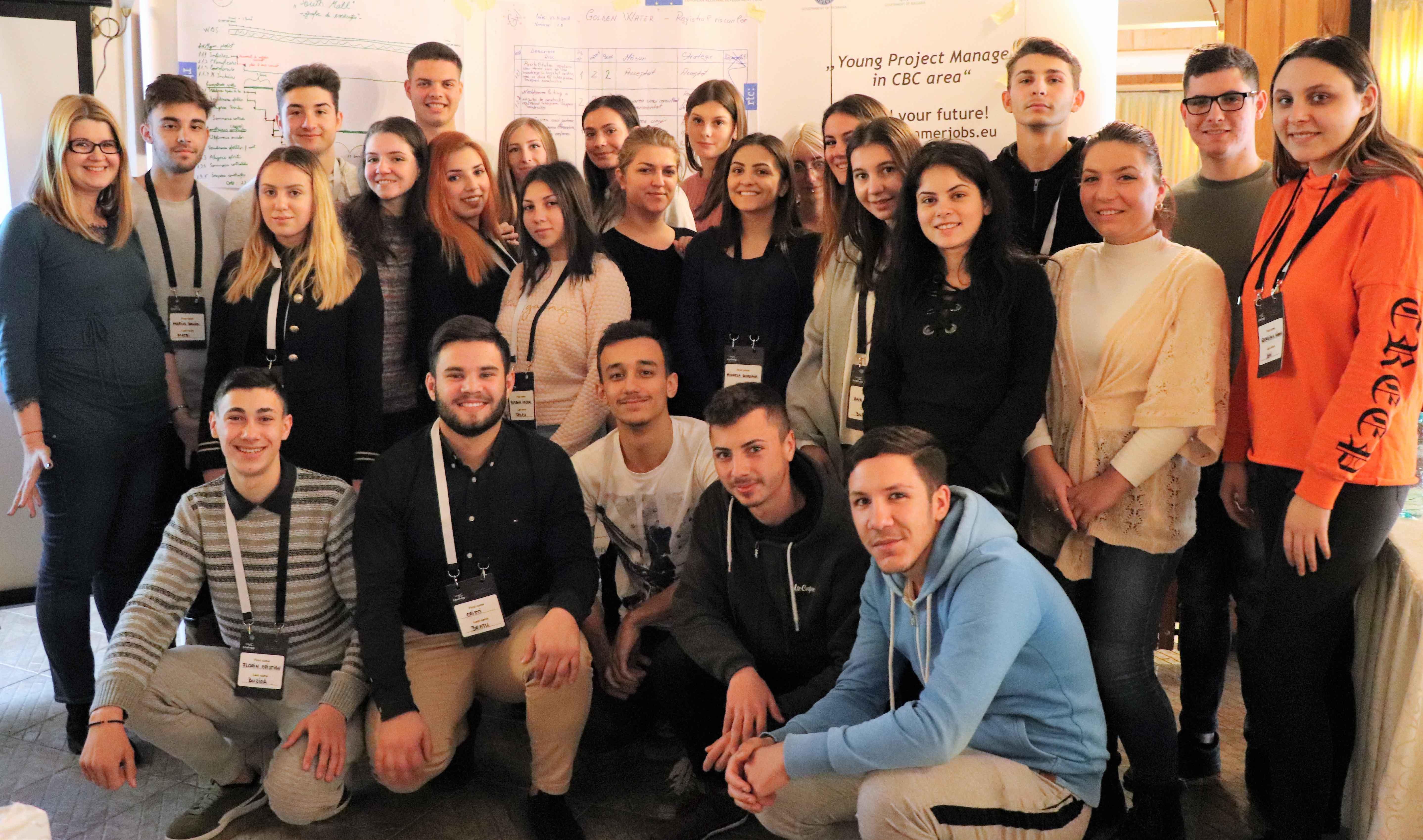 """25 de liceeni din Alexandria, instruiți în domeniul Managementului de proiect, prin """"Young Project Manager in CBC area""""!"""
