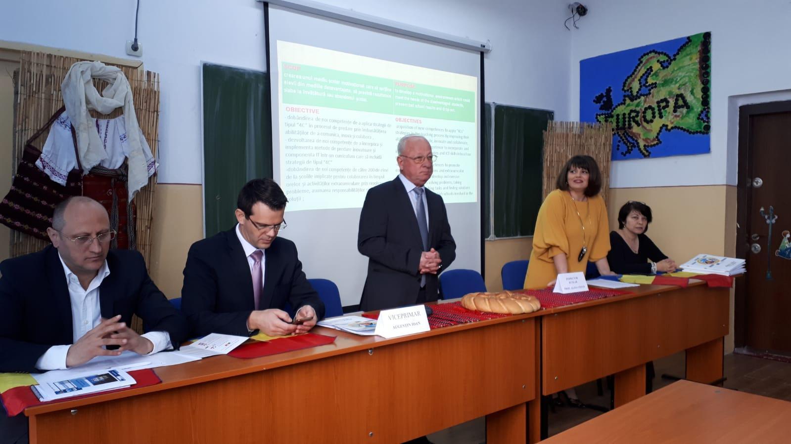 """Liceul Teoretic """"Constantin Noica"""" din Alexandria, deschiderea oficială a proiectului Erasmus+ """"Let's Make School Our Second Home!"""""""