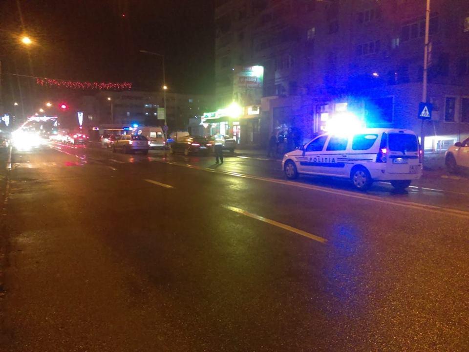 Accident pe trecerea de pietoni. Două persoane au ajuns la Spital, cu răni minore