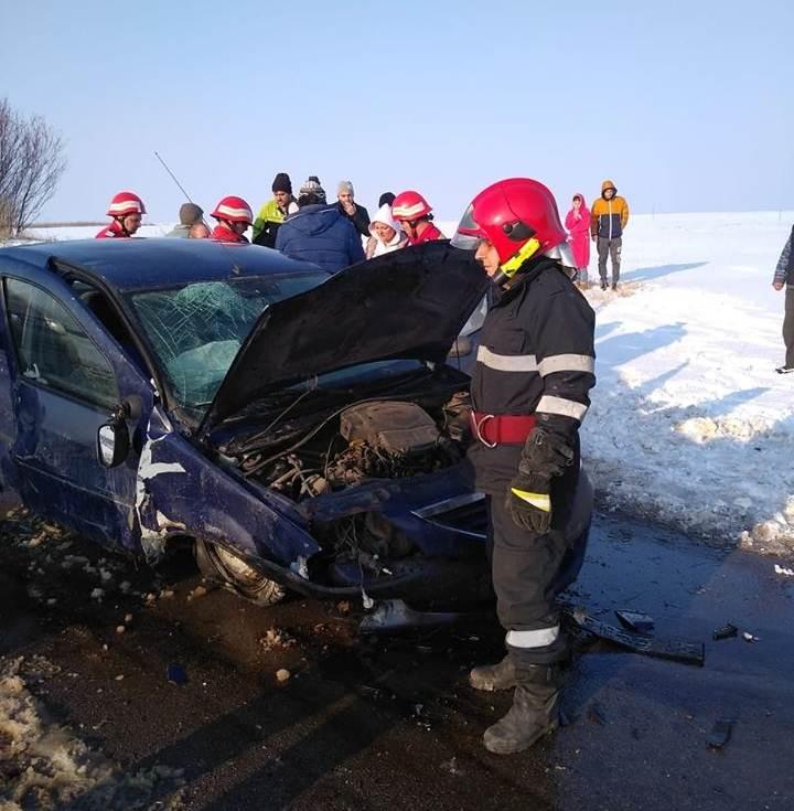 Accident grav în satul Teleormanul. Un bărbat este în comă profundă, după ce a fost proiectat prin parbriz