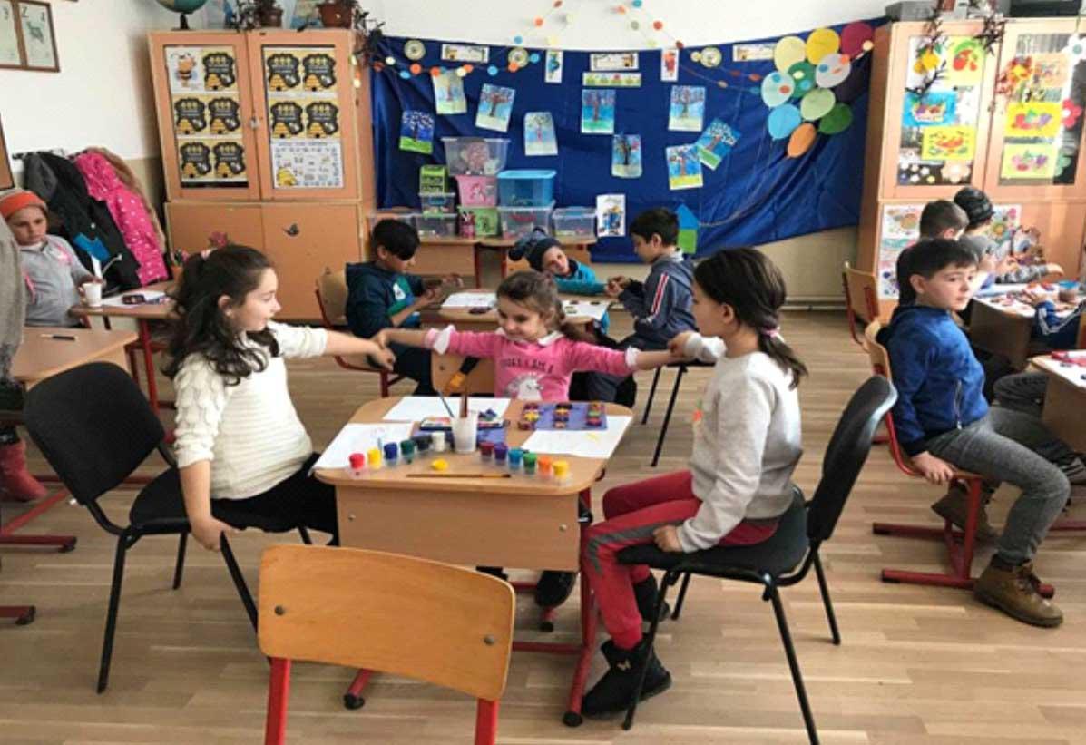 La Şcoala Gimnazială Nanov, mărţişorul este un simbol al primăverii