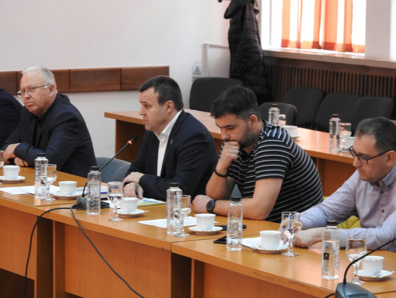 """PNL Teleorman: """"PSD speriat de forța opoziției liberale"""""""