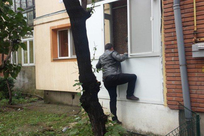"""IPJ TELEORMAN- Ziua Europeană de Prevenire a Furturilor din Locuinţe"""". În judeţ, aceste cazuri reprezintă 36% din totalul infracţiunilor"""