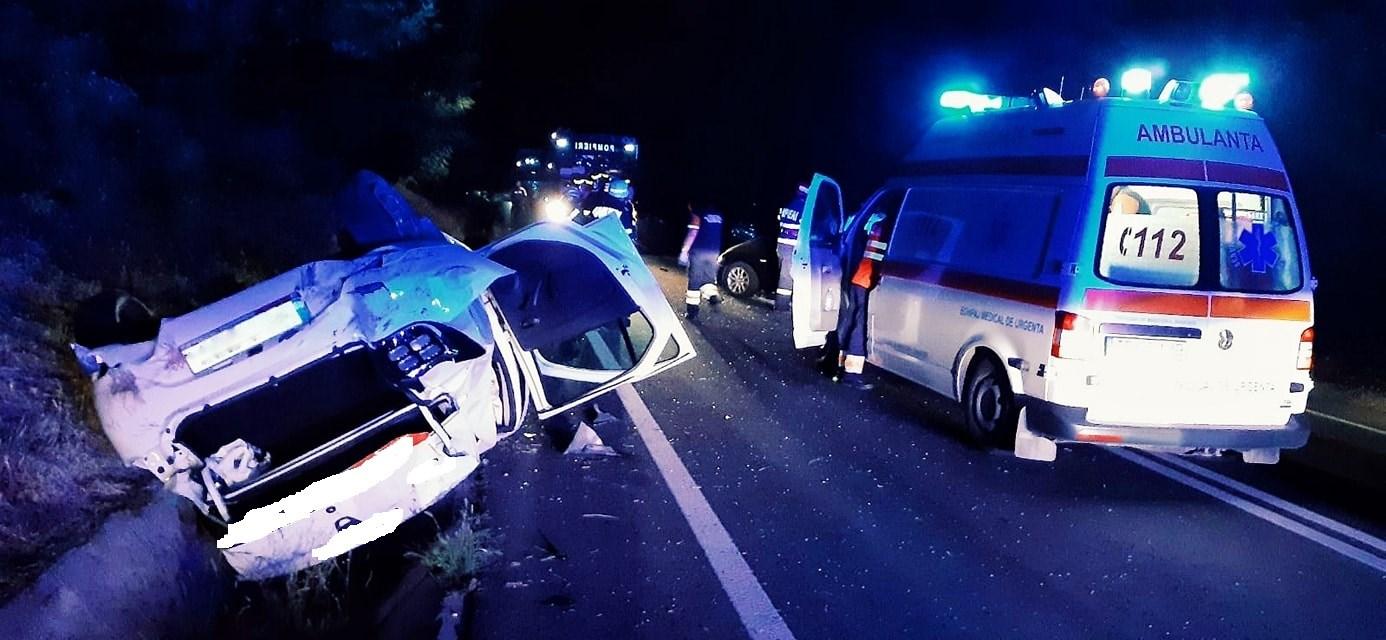 Accident pe E70, între localităţile Prunaru şi Naipu. Două victime au fost transportate de urgenţă la spital