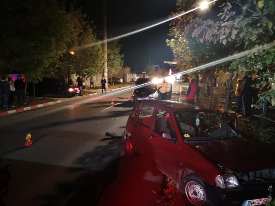 Accident, în Alexandria, provocat de o şoferiţă fără experienţă. Tânăra avea permis de câteva luni