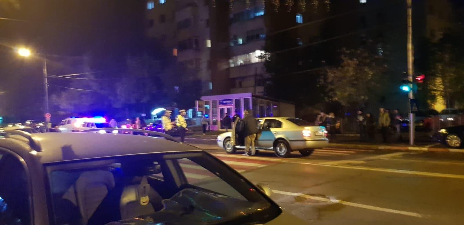 Accident în Alexandria. Minor de 15 ani, accidentat pe trecera de pietoni de un şofer ce nu a respectat culoarea roşie a semaforului