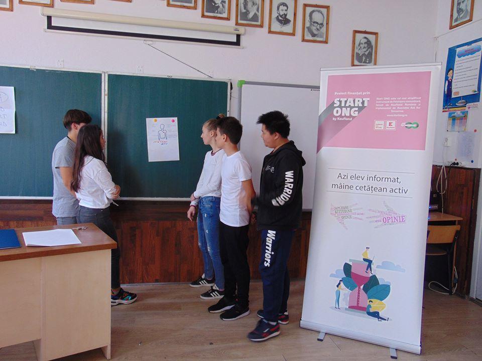 Elevii Școlii Gimnaziale nr. 2, din oraşul Videle, învață să devină cetățeni activi!