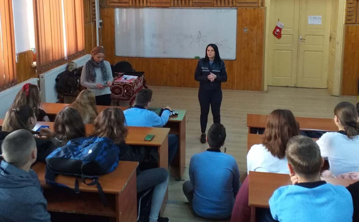 Spune nu violenței domestice! Acțiune a Poliției Române în școlile din Teleorman