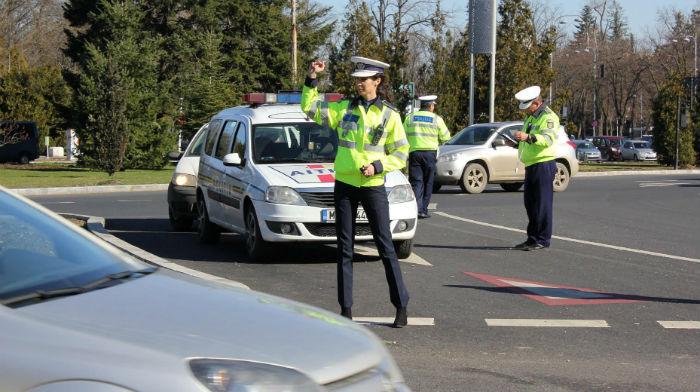 IPJ Teleorman: 13 permise reţinute, la sfârşit de săptămână. 42 de şoferi au depăşit viteza legală iar 10 nu au purtat centura de siguranţă