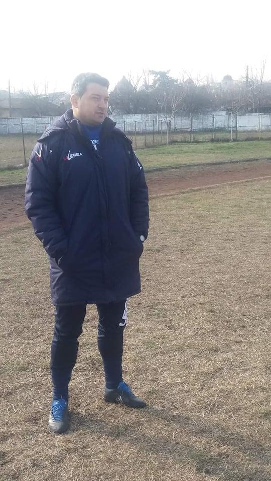 """Romulus Ciobanu, antrenor Sporting Roşiori: """" Pentru mine a fost o mare provocare să preiau Sporting şi sunt optimist că vom salva echipa de la retrogradare!"""""""