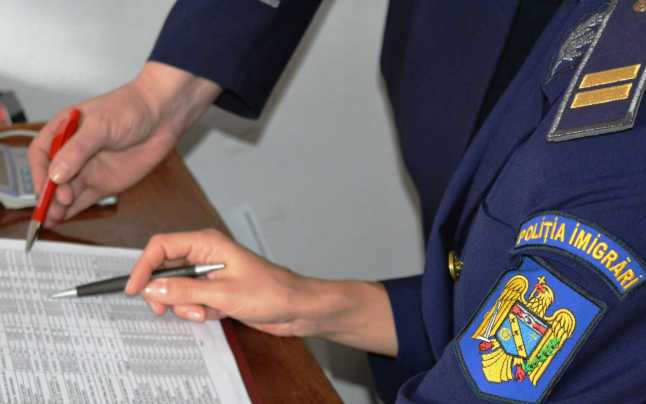 Inspectoratul pentru Imigrări Teleorman: 14 străini, prinşi că locuiau ilegal în judeţ. Patru dintre ei, expulzaţi sub escortă