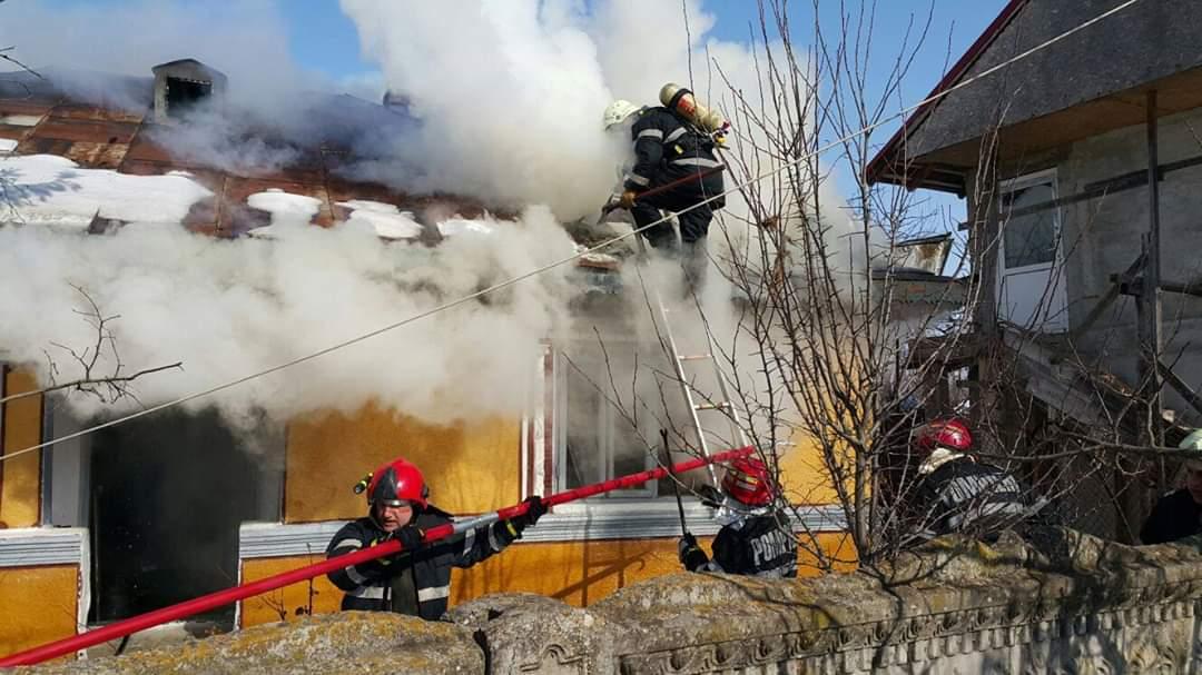 ISU Teleorman: Şapte incendii la locuinţe şi 37 de intervenţii SMURD, în ultimele 48 de ore