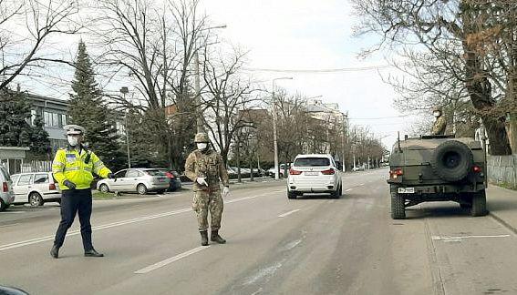 Armata pe străzile din Alexandria, Turnu și Roșiori. Militari din Olt, în sprijinul polițiștilor și jandarmilor teleormăneni